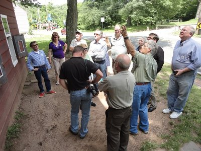 Photo of HVVA members on Staten Island tour